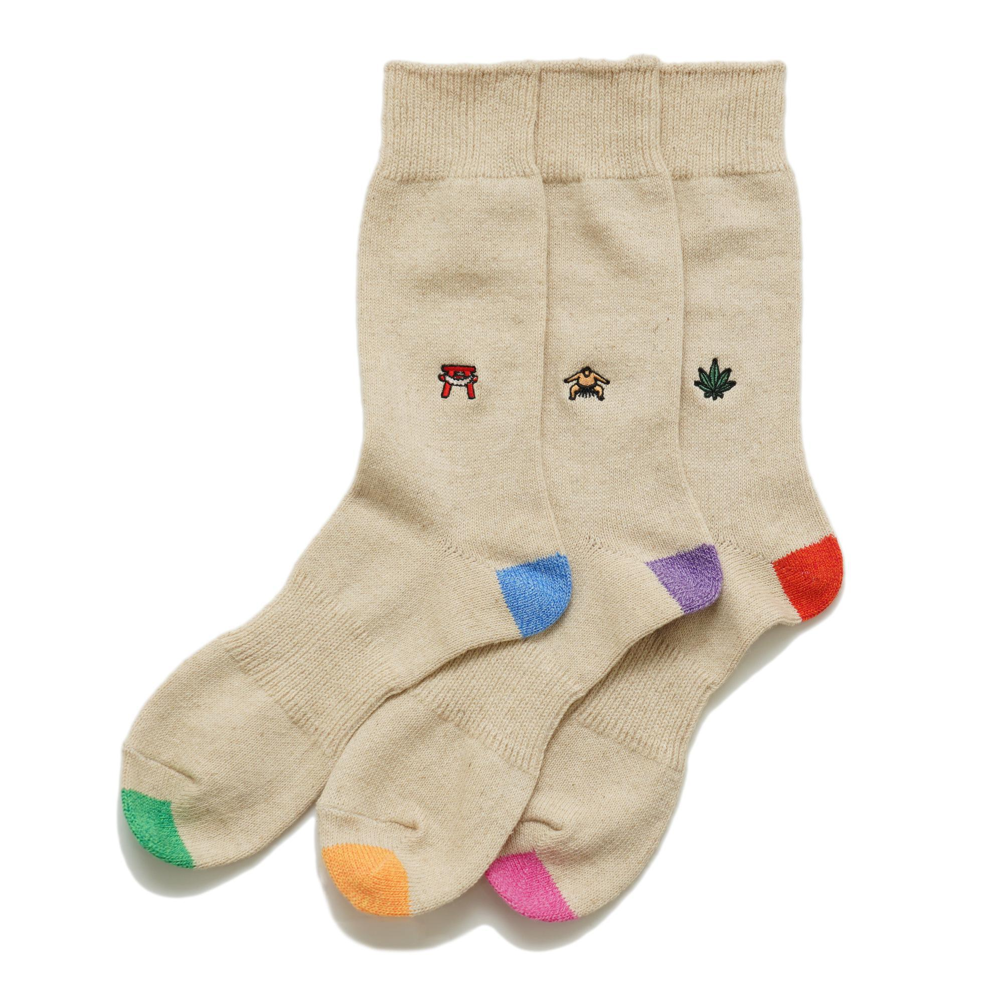 EMBROIDERY CREW SOCKS/×ANONYMOUSISM